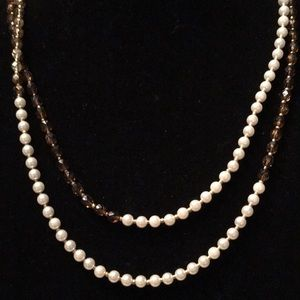 Jewelry - Beautiful pearl and amber necklace